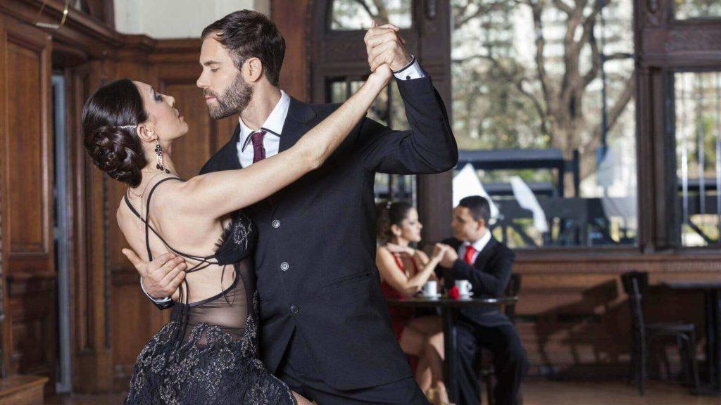 """Roberto Ampuero: """"El último tango de Salvador Allende"""""""
