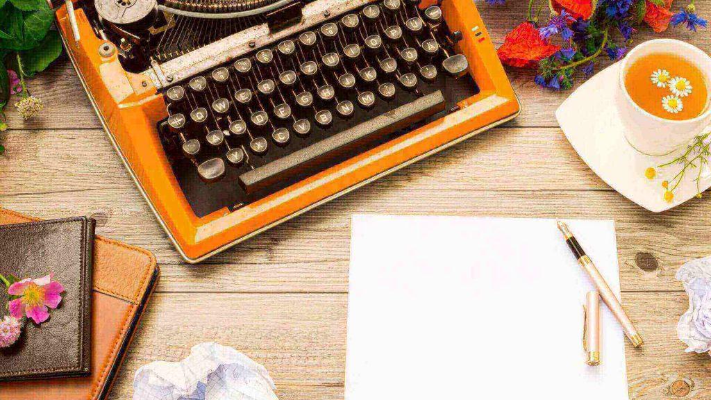 Cómo escribir una historia paso a paso [Guía estratégica]